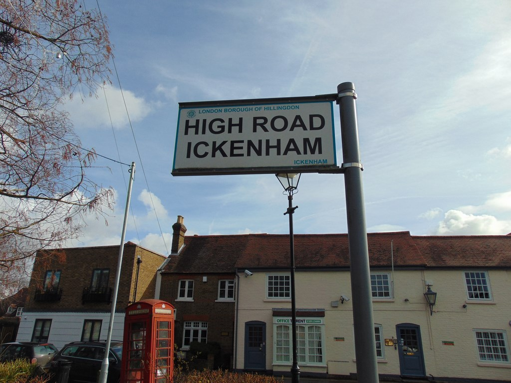 Ickenham High Road Sign